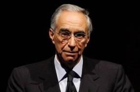 """Il """"poltronissimo"""" Franco Carraro, candidato con il Pdl"""