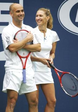 La super coppia di tennisti degli anni '90, André Agassi e Steffi Graf