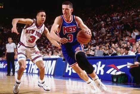 Dražen Petrovic con la divisa blu dei New Jersey Nets, la squadra Nba dove giocava al momento della morte (Photo Butler/NBAE/Getty Images)