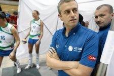 Alessandro Chiappini prima di un incontro della massima serie polacca femminile (foto Renata Dąbrowska - Agencja Gazeta)
