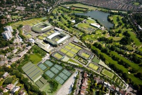 Una suggestiva immagine dall'alto dello storico Old England Lawn Tennis and Croquet Club, sede del torneo di Wimbledon