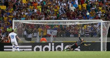 L'errore decisivo di Bonucci contro la Spagna nella semifinale di Confederations Cup (foto Reuters/Marcos Brindicci)