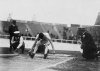 La Rana Umana sempre impegna nel salto in lungo, ma stavolta a Londra 1908