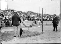 Ewry impegnato nel salto in lungo a St. Louis 1904 (foto Chicago Historical Society ©)