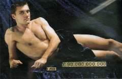 La storica immagine di Vieri ironicamente messo in vendita con il prezzo: 90 miliardi, la cifra che sborsò l'Inter per prenderlo dalla Lazio nel 1999.