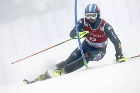 Manfred Moelgg impegnato nello slalom di Levi, in Finlandia, che lo ha riportato sul podio dopo quasi tre anni (foto Getty Images)